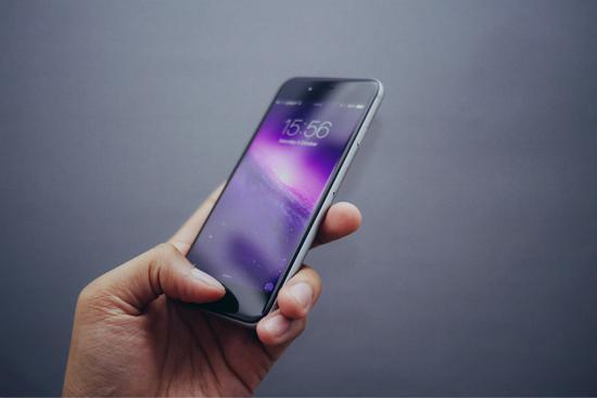 5G手机调查:5G手机暂时遇冷,友商对垒、相互拆台