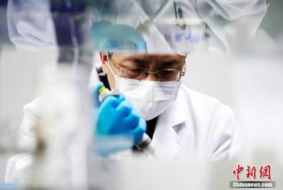 国家卫健委:新冠疫苗有望在7月份完成二期临床实验