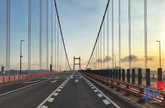 虎门大桥恢复交通,原因还是水马改变了钢箱梁气动外形