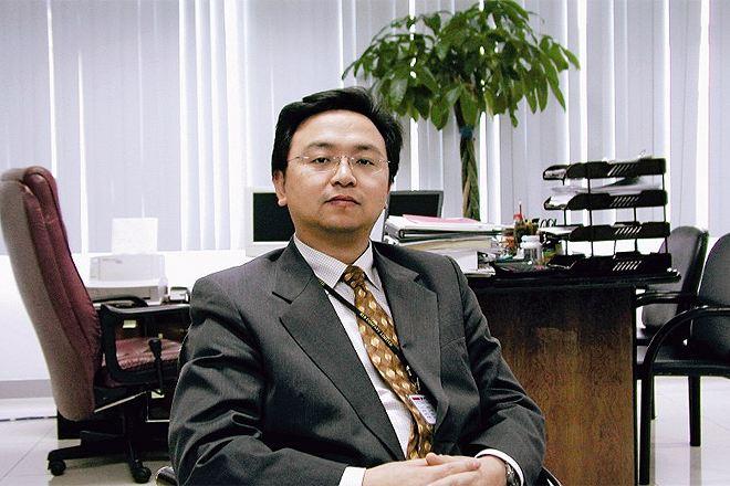 王传福卸任比亚迪汽车有限公司法定代表人及董事长,何志奇接任