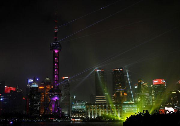 """中国经济""""V形复苏"""",制造业5月出现扩张,向新常态过渡"""