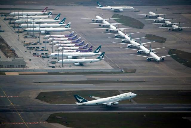 """中国民航局""""精准政策"""",美指责中国限制航班是虚伪的"""