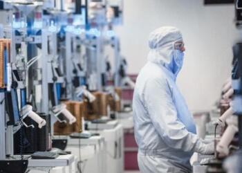 美国砸250亿美元布局各州芯片制造和国防半导体,振兴国内芯片产业
