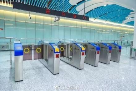 带行李、带小孩怎么过地铁闸口?人行闸机宽度尺寸、关闭原理