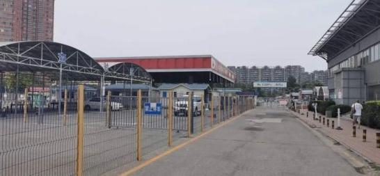 疫情暴发后,北京花乡二手车市场交易额至少掉了50%