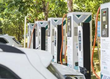 充电桩四大巨头开始互联互通,新能源车主可同时使用充电及支付业务