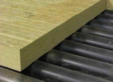 冷拼后添加改性剂的方法制备水性岩棉胶用酚醛树脂