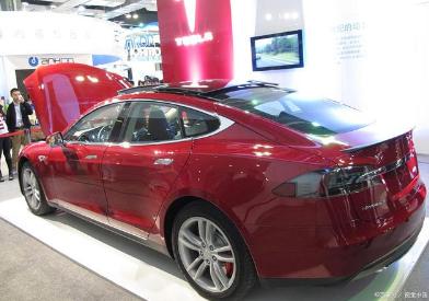 2020上半年特斯拉Model 3全球交付14.23万辆,中国市场贡献超三成