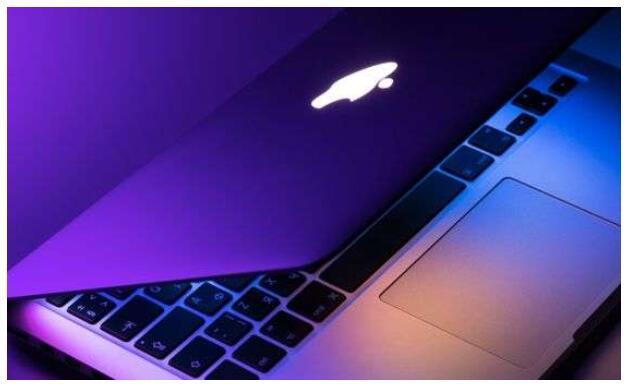 首款搭载苹果自研芯片的Mac,有望在11月发布