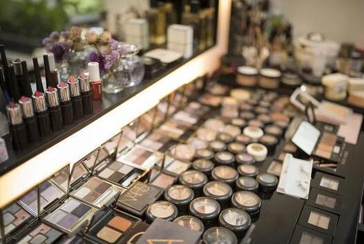 我国是全球化妆品消费大国而非强国,国货基础研究和前沿技术是软肋