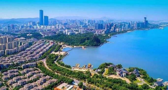 镇江公共建筑节能改造成效明显