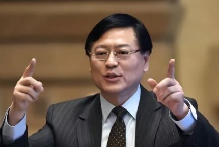 杨元庆:联想PC现在不是缺订单,而是缺供应