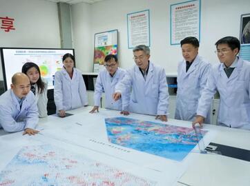 熊盛青:中国航空地球物理勘探 ,技术领域的领军人物