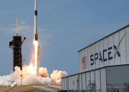 SpaceX獵鷹9號火箭已完成靜態點火測試,將于本周六進行載人發射