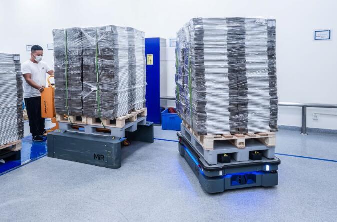 諾和諾德:5臺MiR500自主移動機器人助力天津工廠,提高倉儲物流效率