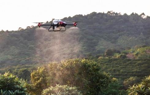 """农业无人机公司极飞科技再获12亿元人民币融资,无人机已成为农民""""好帮手"""""""