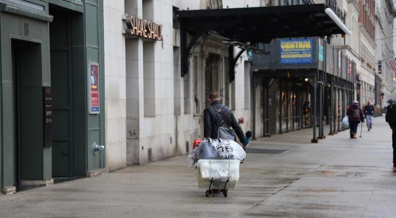 从美国圣迭戈的霍顿中心看如何挽救荒废的城市中心