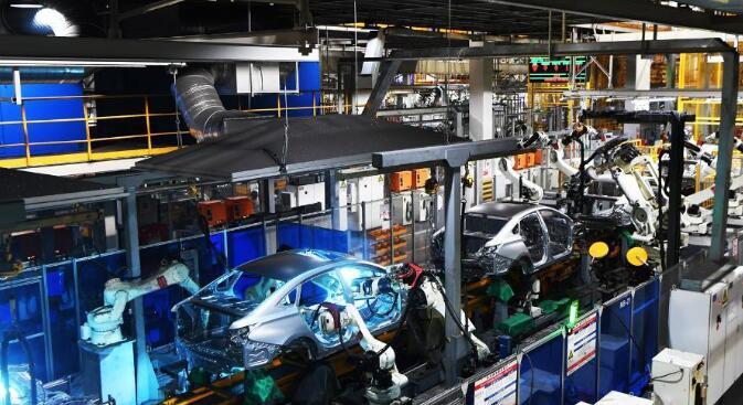 """新能源汽车行业正由""""烧钱""""阶段发展为""""自我生长""""阶段"""