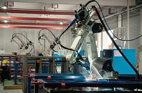 机器人智能焊接意义及机器人智能焊接技术