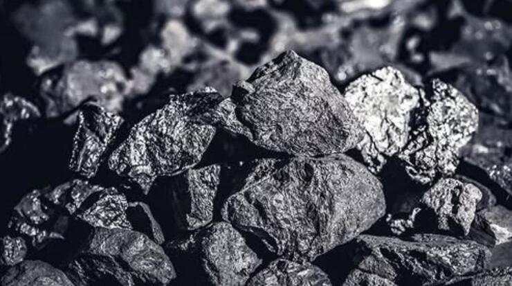 近期受寒潮影响,多地煤炭库存告急