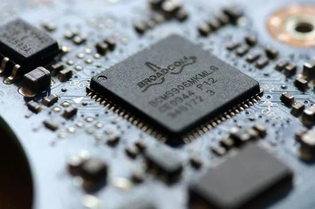 疯狂的芯片投资:100亿估值项目遭哄抢,泡沫有多大?