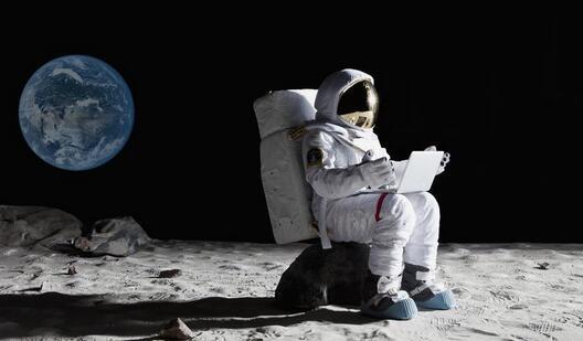 月球上潜在的污染问题,如何保护月极的冰