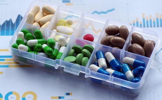 """能""""治愈癌症""""的神药被医保灵魂砍价80%,成为癌症药房里的国产替代"""
