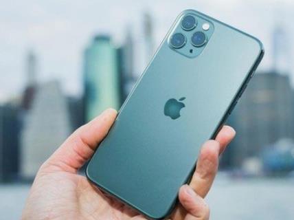 iPhone 12信号翻车,而华为做手机信号就是开卷考试