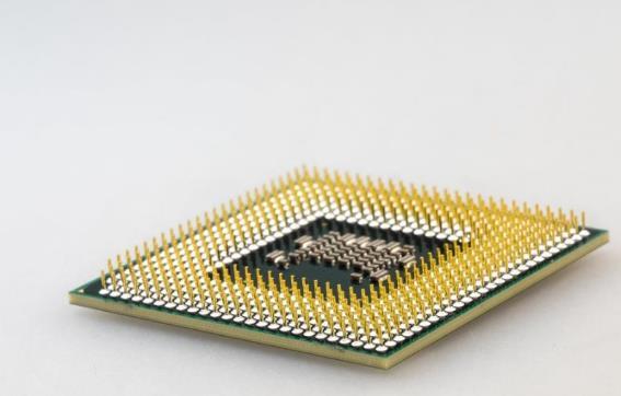 三星称芯片短缺从汽车蔓延到智能手机,中国互联网巨头为什么造不出芯片?
