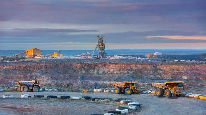 铁矿石价格高位游走的原因,破解我国铁矿石资源安全的策略
