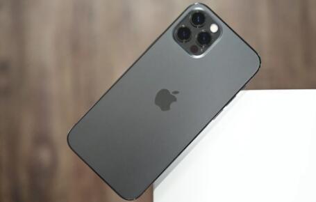 分析师:iPhone 12的超高需求或将助力苹果市值在2021年底前超过3万亿美元大关