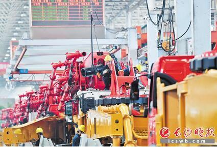 """开局即决战,长沙工业经济冲刺一季度开门红,""""犇""""向国家重要先进制造业高地"""