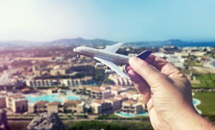 """2021春节旅游市场的""""冰""""与""""火"""",,旅游从业者对未来市场预判几何"""