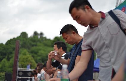 中国酱酒企业营销突破七大猜想,酱酒品类营销突破,也将乘风破浪