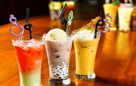 奶茶市场演变的三大阶段:珍珠奶茶、蜜雪冰城,喜茶与奈雪の茶谁还不是当时的王者呢!
