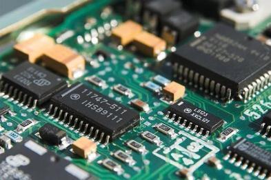 美国在全球半导体制造市场的份额降至12%,陷入芯片制造困境