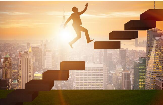 企业在竞争中屹立不倒的五大要素分析