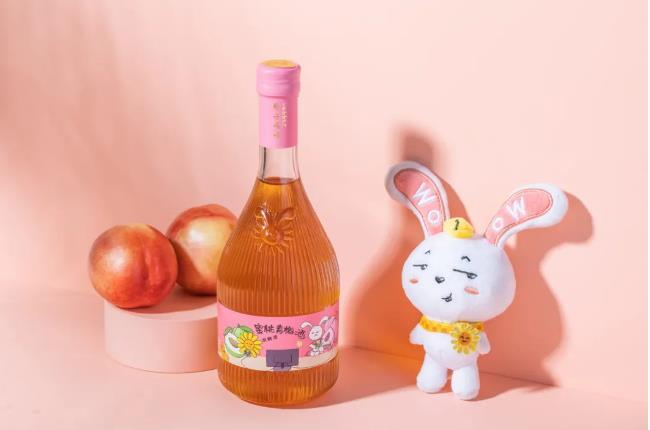 """如何打造品牌?看一只""""兔子""""引发的果酒品牌创新新灵感!"""