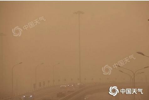 北方大范围沙尘暴来袭,专家解析今年为何频现沙尘暴