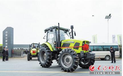 """长沙成研发中心:农机成""""网红""""智能化发展,中联重科拓展农机装备制造"""