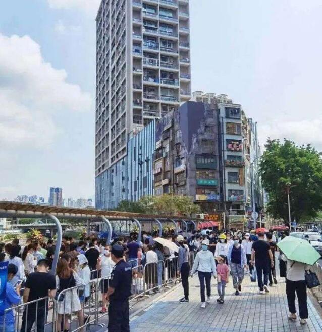 深圳文和友开业首日即排队5万,这是如何做到的