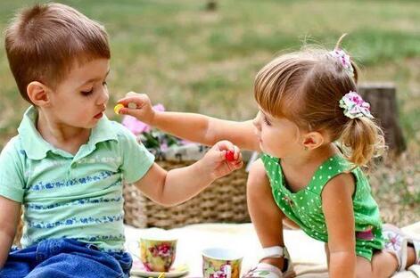 """""""健康营养""""成儿童零食的基本要求,儿童零食""""健康化""""会是未来企业的竞争重点"""