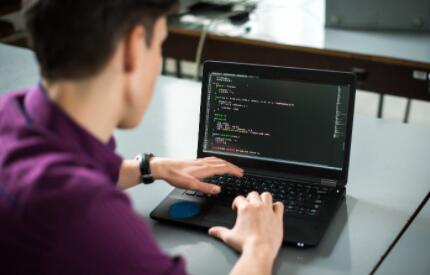 """中国低代码开发平台的混战,低代码开发平台必须具备""""""""3+1""""核心要素"""