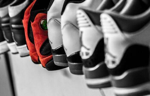 得物卖鞋生意经:得物没有权威,成也鉴定,败也鉴定