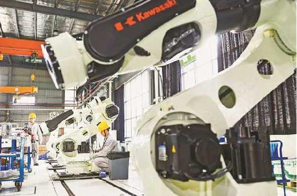 """""""重庆造""""机器人开始批量上岗,机器人产业现状如何"""