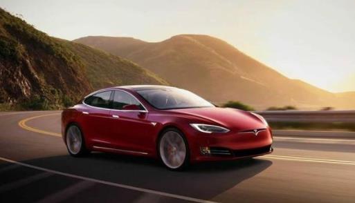 为什么传统汽车不搭载OTA?传统汽车与智能汽车之间最大的区别在这里