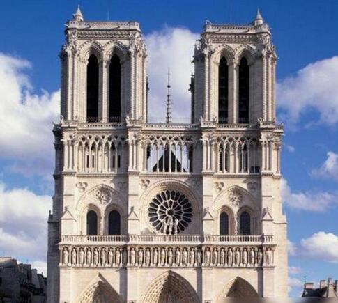 巴黎圣母院大火两周年:各界捐款助力重建工作,起火原因仍未定