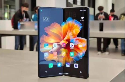 小米折叠屏开售!MIX FOLD折叠屏手机4月16日10点开售9999元起