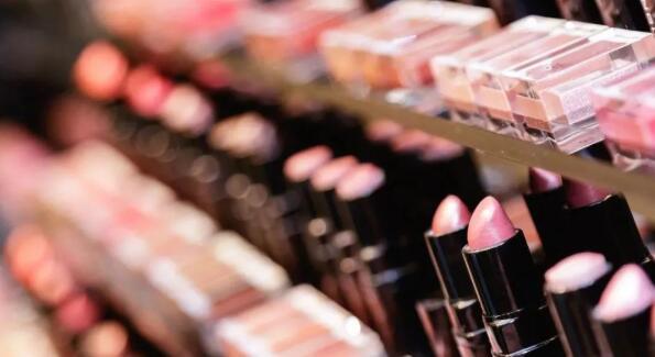 浅析韩国化妆品需求在中国市场陷入僵局的原因及前景