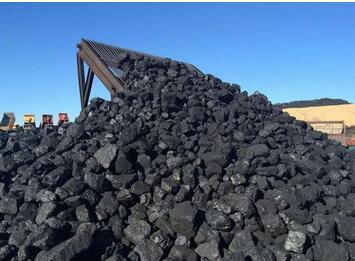 多重因素造成煤炭供应偏紧,煤炭价格持续走高,经济持续向好,煤炭需求旺盛